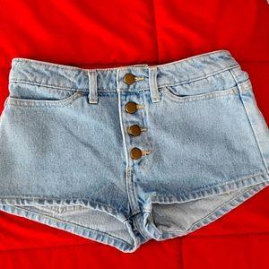 Denim shorts,size 25